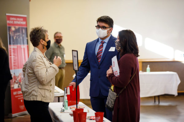 The first Scholar Days were held in November. Due to COVID-19, the college had to put attendence restrictions on the days and ensure safety by requiring masks. The current pandemic brought a strong dose of realism to the day as students discussed a past pandemic: cholera.